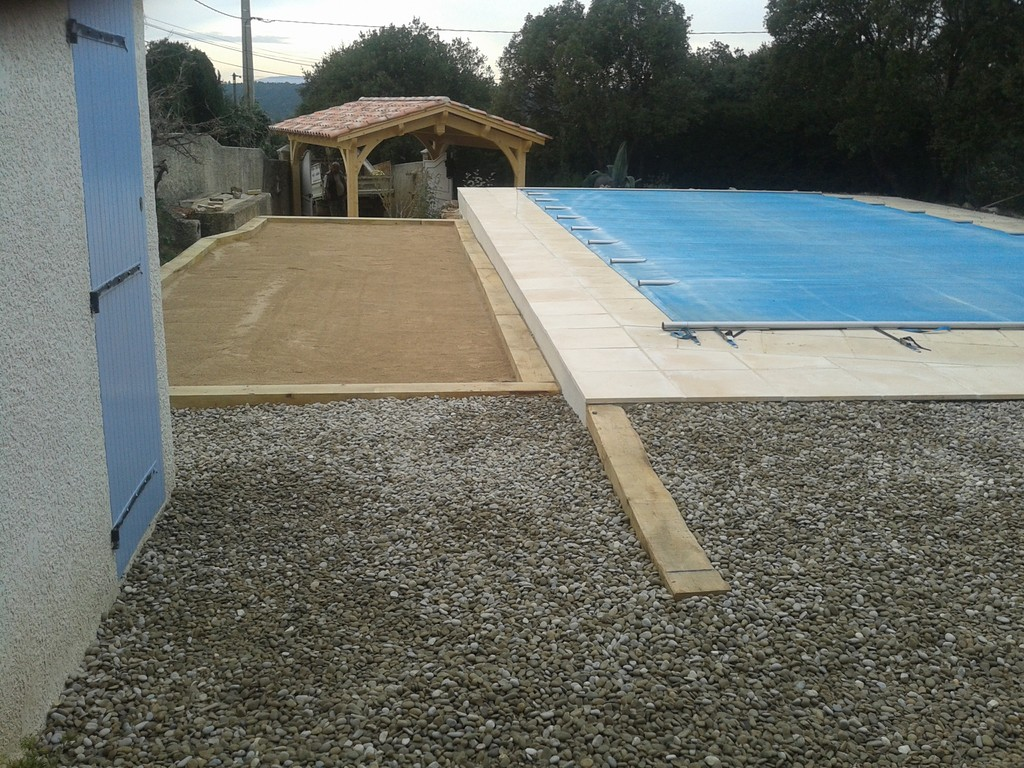Am nagement jardin et cr ation d 39 un jeu de boule saint - Cash piscine saint maximin ...