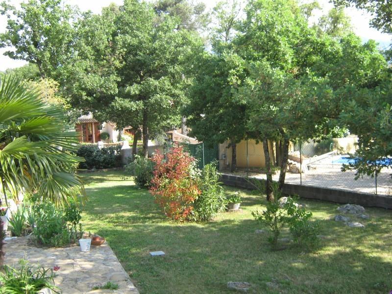 Entretien de votre jardin saint maximin nans les pins for Entretien jardin saint yvi