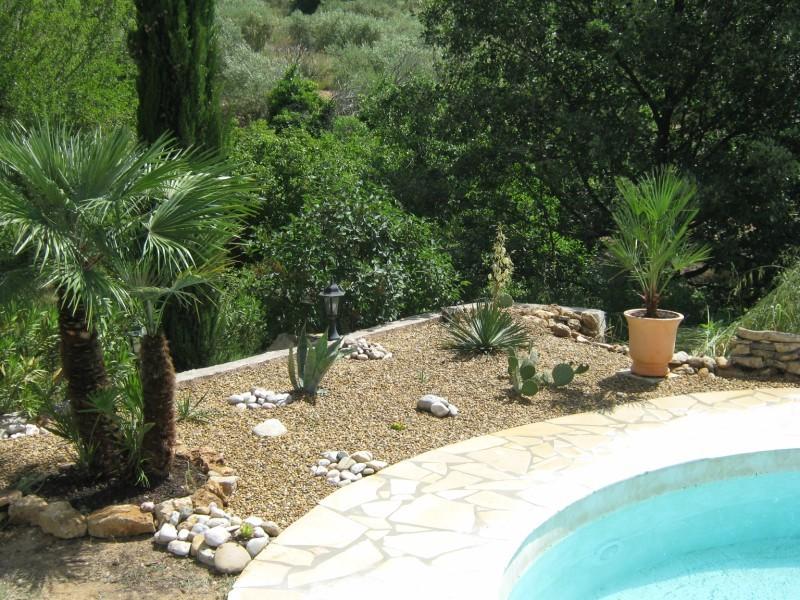 Cr ation et am nagement d 39 espaces verts dans le var 83 for Creation jardin sec